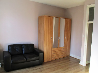 Well located 1bed flat in Stoke Newington N16.