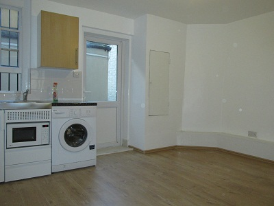 Well located 1 bedroom flat in Hoxton, London  N1.