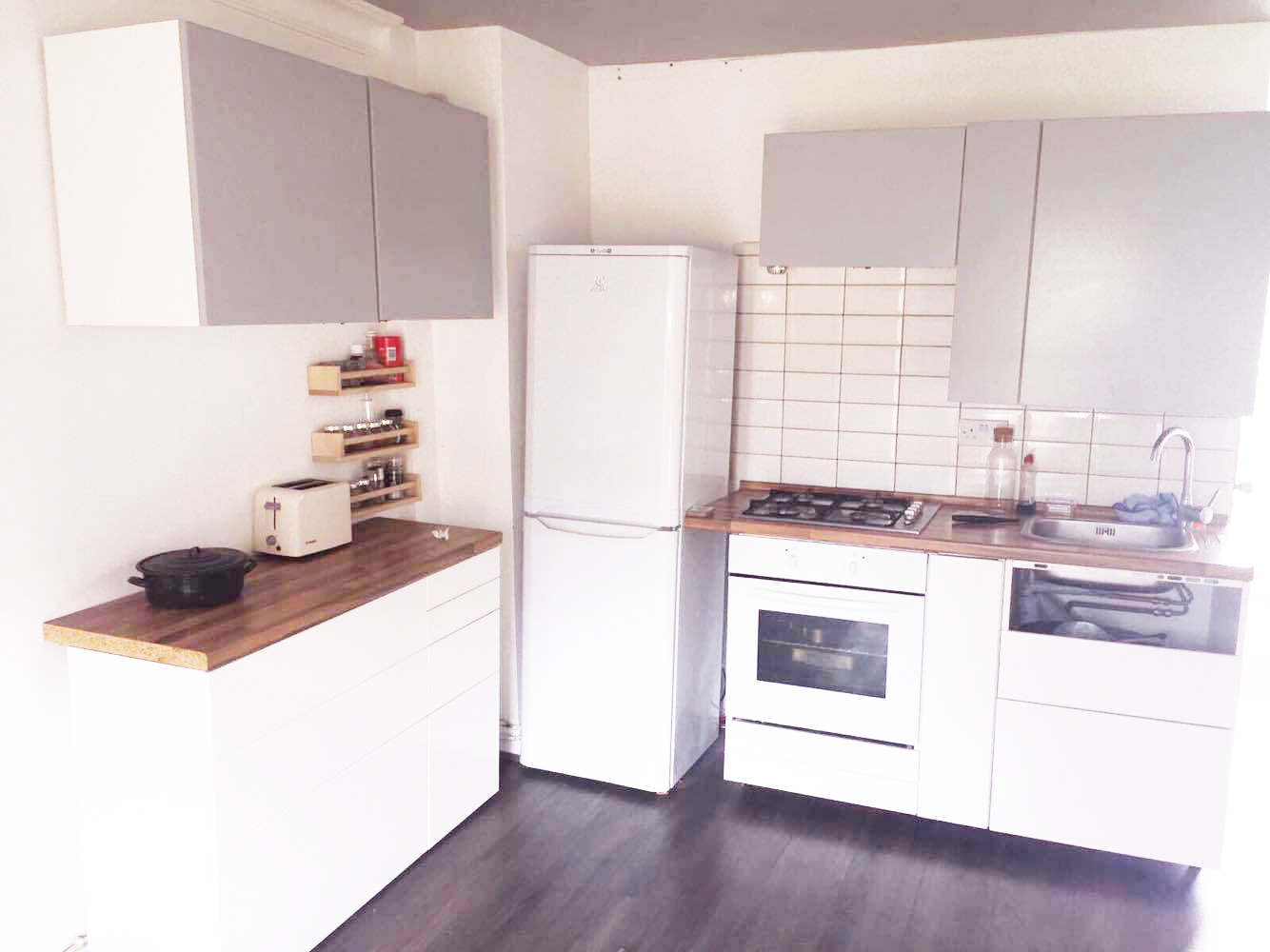 Well located 2 bedroom flat in Hoxton N1.