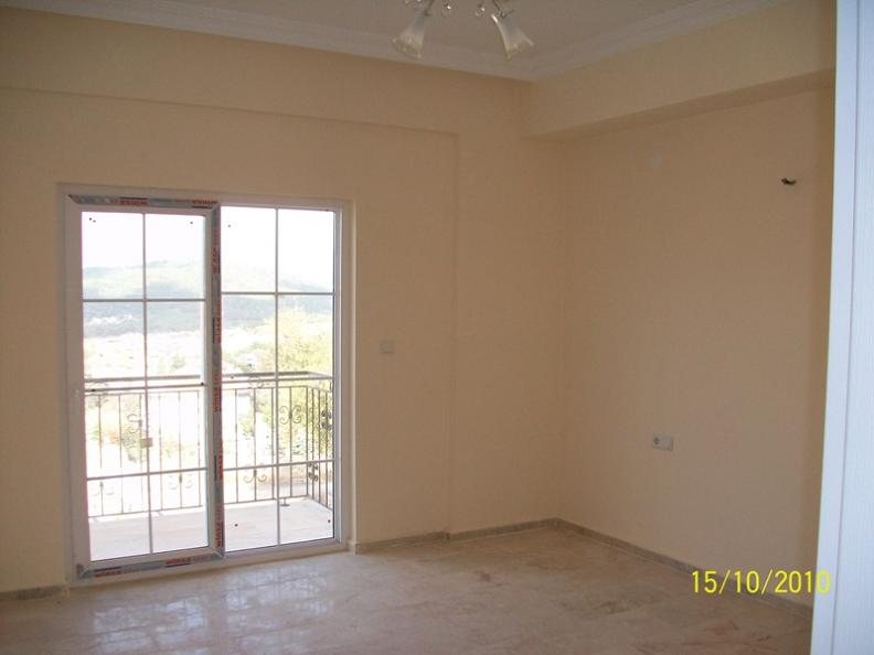Property Type : Duplex Apartment Floor : 2 (first floor + attic floor)