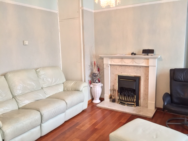 Well located 3 bed flat to let in trendy Stoke Newington, N16.
