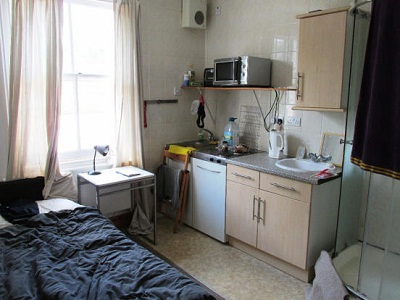 Studio flat located in Holloway with excellent transport links. 